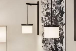 Kolom Sconce - Holly Hunt showroom Chicago IL & Commercial | Kevin Reilly Collection
